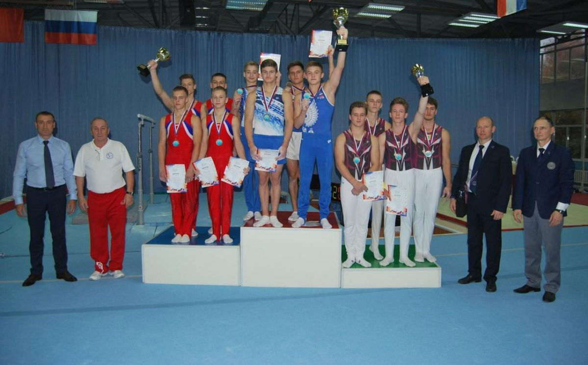 Барнаульские гимнасты стали призёрами первенства Сибирского федерального округа